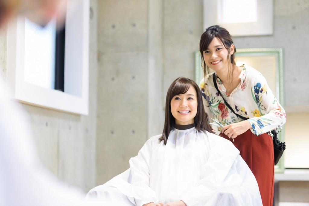 美容師とお客さん2