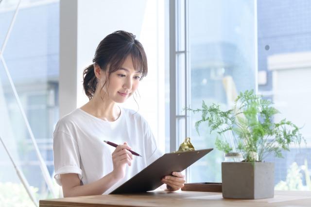 美容師女性へのアンケート調査