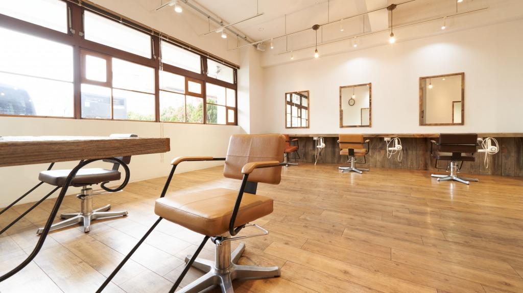 美容師免許の再発行手続きの方法や必要書類、手数料などをわかりやすく解説
