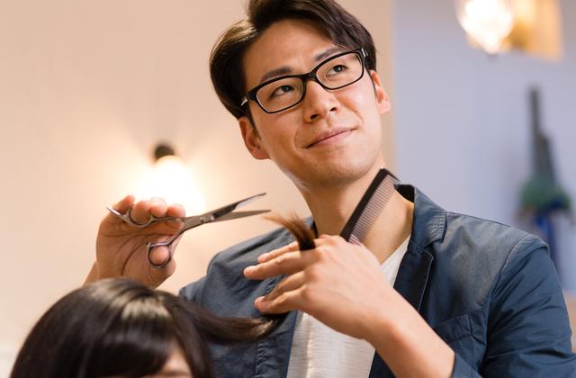 美容師に定年はない!いつまでも美容師を続けるための考え方とアドバイスを紹介